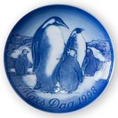 Penguin with Young Ones 1998, Bing & Grondahl Mother's Day plate