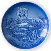 Tigress with cubs 2011, Bing & Grondahl Mother's Day plate