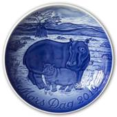 Hippo with Calf 2019, Bing & Grondahl Mother's Day plate