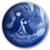Puffin with young one 2020, Bing & Grondahl Mother's Day plate