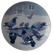 1909 large Christmas plate, Poor sparrow fly down from roof, Bing & Grondah...