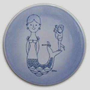 Plate with mermaid and photographer, Bing & Grondahl | No. BNR4901-949 | DPH Trading