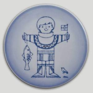 Plate with boy with fish, Bing & Grondahl | No. BNR4904-949 | DPH Trading