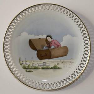 Hans Christian Andersen plate, The Flying Trunk, Bing & Grondahl | No. BNR8844-628 | Alt. DV0000 | DPH Trading