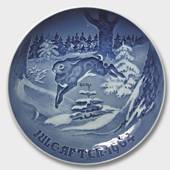 The Fir Tree and the Hare 1964, Bing & Grondahl Christmas plate