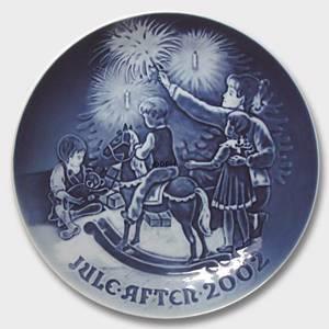 Christmas Eve 2002, Bing & Grondahl Christmas plate | Year 2002 | No. BX2002 | Alt. 1902202 | DPH Trading