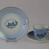 Castle Dinner set Cup and plate with Frederiksborg Castle