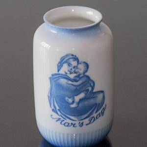 Mother´s Day Vase, Bing & Grondahl in 1935