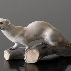 Ermine on log Dahl Jensen figurine No. 1121 | No. DJ1121 | DPH Trading