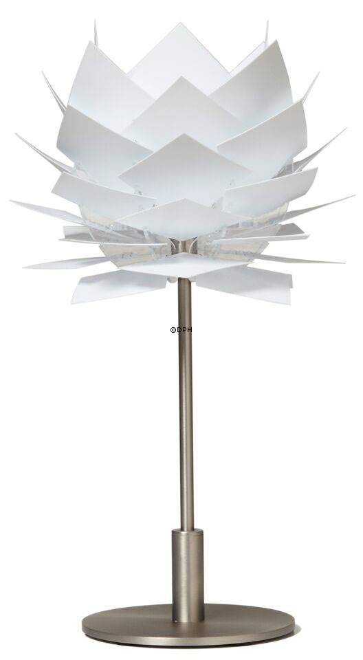 XS Pineapple table lamp, Dyberg Larsen | No. dl6023