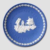 Moon Plate to celebrate Apollo 11 and the first man on the moon
