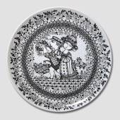 Summer Bjorn Wiinblad Four Seasons plate 35cm