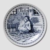 "1978 Christmas plate ""The Little Match Girl"""