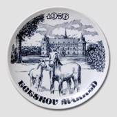 "Plate with ""The Egeskov Fair"" various, from 1976 to 1993 / each, Svane Porc..."