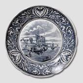 Plate with Canal in Holland