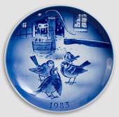 The Story of the Year - 1983 Desiree Hans Christian Andersen Christmas plat...