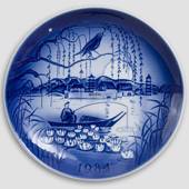 The Nightingale - 1984 Desiree Hans Christian Andersen Christmas plate, cak...