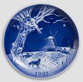 The Windmill - 1991 Desiree Hans Christian Andersen Christmas plate, cake p...
