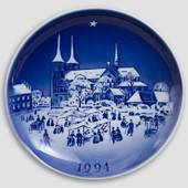Pearls on a String - 1994 Desiree Hans Christian Andersen Christmas plate, ...