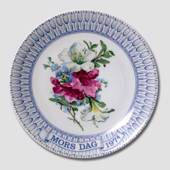 1974 Mother's Day plate