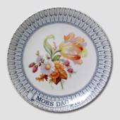 1977 Mother's Day plate