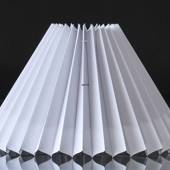 Pleated lamp shade to reading lamp O40mm, of white chintz fabric, sidelengt...