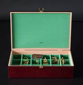 Keeping box with 18 compartments, high