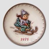 Hummel Year plate 1975 with boy on sled