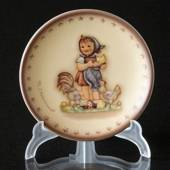 Hummel Annual plaquette 1987 Feeding Time, Miniature Plate