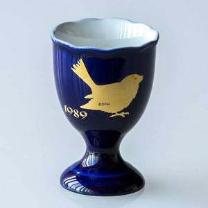 1989 Hackefors Cobalt Blue Egg Cup House Sparrow | Year 1989 | No. HBSA1989 | DPH Trading