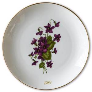 1989 Hackefors mother's day plate Viola