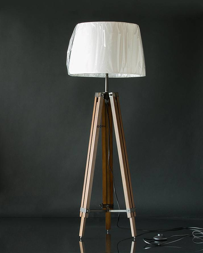Floor lamp, Three legged lamp with adjustable height and ...