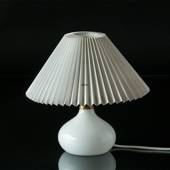 Le Klint 314 Table lamp made of polished white glass