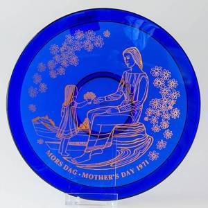 1971 Orrefors Morthers day glass plate | Year 1971 | No. OM1971 | DPH Trading