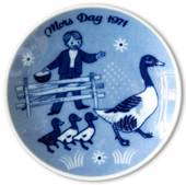 1971 Porsgrund Mother's Day plate