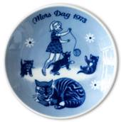 1973 Porsgrund Mother's Day plate