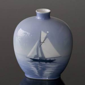 Vase with ship, Royal Copenhagen