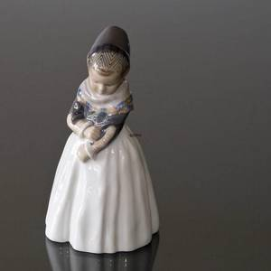 Amager Girl, Girl in regional costume looking shy, Royal Copenhagen figurine no. 1021093 / 1251 | No. R1251 | Alt. 1021093 | DPH Trading