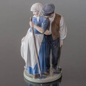 Harvest Group, Man & Woman, Royal Copenhagen figurine No. 1300 | No. R1300 | DPH Trading