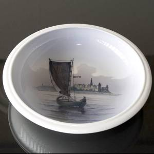 Bowl with Kronborg, Royal Copenhagen No. 2141-3606 | No. R2141-3606 | DPH Trading
