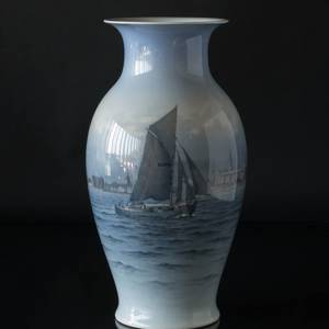Very Large Vase with Sailing Ship near Kronborg, Royal Copenhagen | No. R2486-2388 | DPH Trading