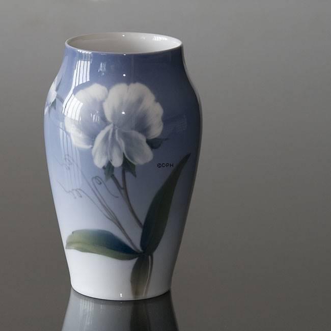 Vase With Flower Royal Copenhagen No R2668 2037 Dph Trading