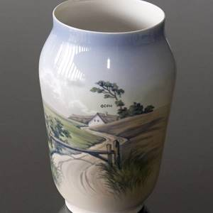 Vase with scenery, Royal Copenhagen No. 2776-1217 | No. R2776-1217 | DPH Trading