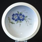 Bowl with Bindweed, Royal Copenhagen No. 2800-2559