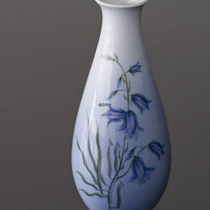 Vase with blue harebell, Royal Copenhagen No. 2918-4055 | No. R2918-4055 | DPH Trading
