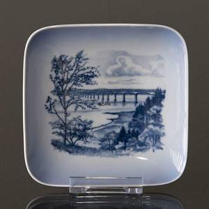 Bowl with motif from the opening of the Sallingsund Brigde in 1978, Royal C...