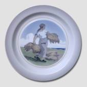 Bowl with harvesting woman, Royal copenhagen No. 3615