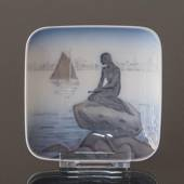 Bowl with the little mermaid, Royal Copenhagen no. 1024376 / 4228