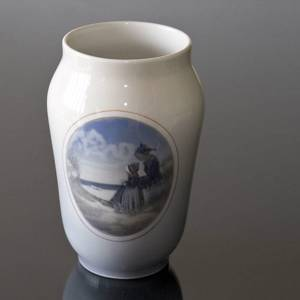 Vase with Fanoe, Royal Copenhagen No. 4384 | No. R4384 | DPH Trading