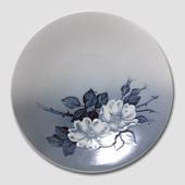 Bowl with Dog Rose, Royal Copenhagen no. 1024380